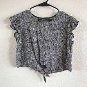 Tops - Black and White Crop